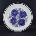 青い花柄のランチプレート