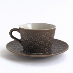 Kronjyden/クロニーデン Quistgaard/クイストゴーデザインのカップ&ソーサー Brun Azur