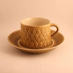 Kronjyden/クロニーデン Quistgaard/クイストゴーデザインのカップ&ソーサー Relief/レリーフ