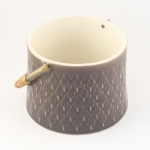 Kronjyden/クロニーデン Quistgaard/クイストゴーデザインのジャムポット(こげ茶) Relief/レリーフ
