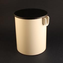 Stelton/ステルトン エリック・マグヌッセンデザインのクリーマー(白) White